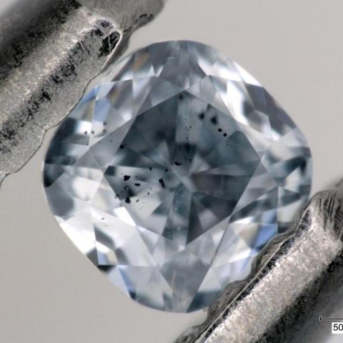 Photo of inclusions in a super-deep diamond by Evan Smith/© 2021 GIA