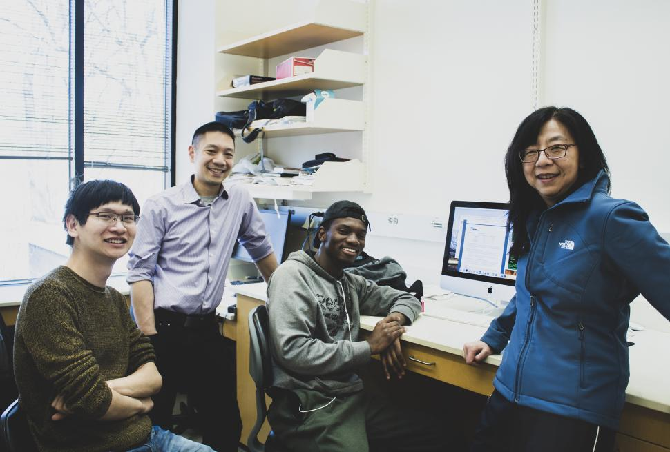 Michael Diamreyan with Yixian Zheng, Frederick Tan, and Minjie Hu courtesy of Navid Marvi, Carnegie Embryology.