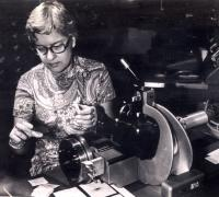 Vera measuring spectra with DTM measuring engine, courtesy of Carnegie Science.